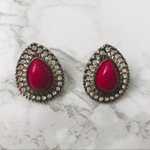MAROON TEARDROP EARRINGS